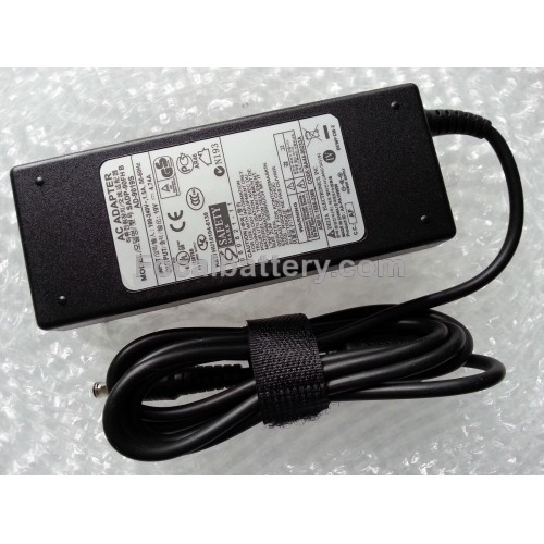 Adapter for Samsung NP200B5A NP270E5E NP300V3A Notebook 4.74A 90W Power AC Charger